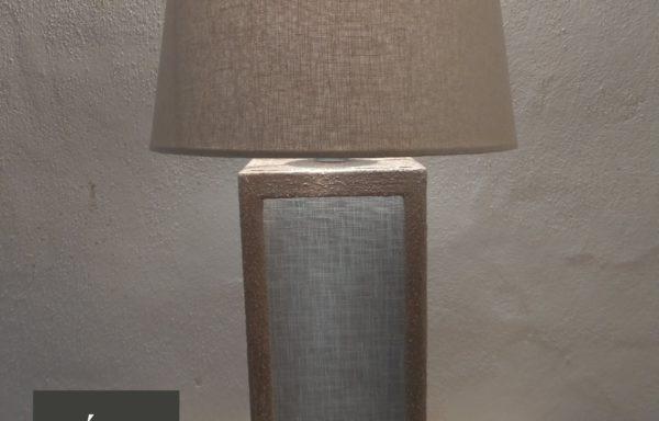 Lampada in ceramica e lino / Ceramic and linen lamp